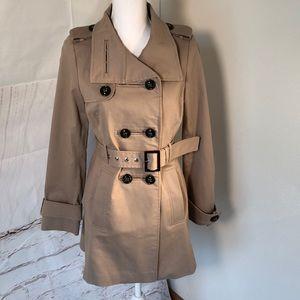 Zara Woman 🧥 jacket.  Size Small. Tan, buttons.